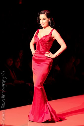 Red_Dress_Fall_2011_9