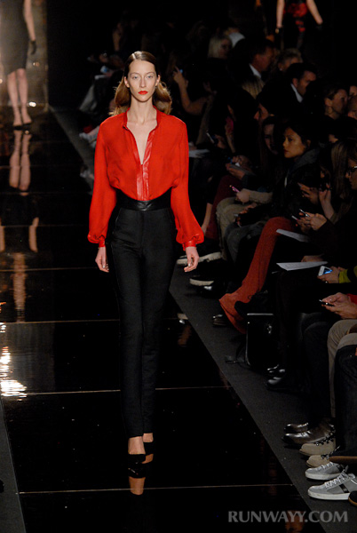 Monique_Lhuillier_fall_2012_043