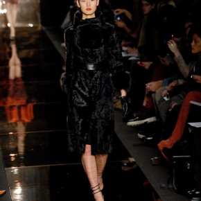 Monique_Lhuillier_fall_2012_088