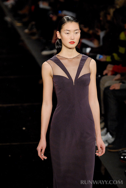 Monique_Lhuillier_fall_2012_274