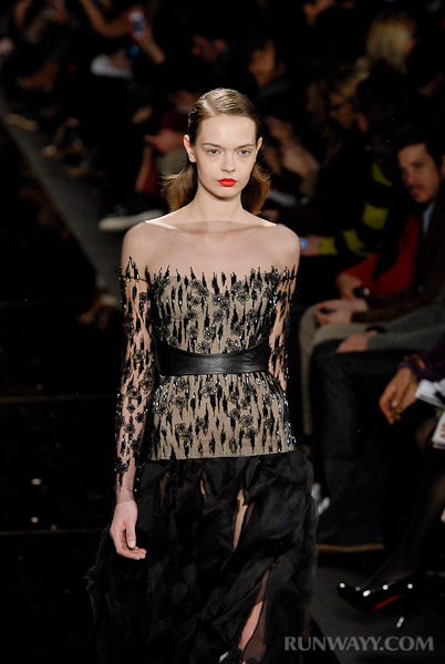 Monique_Lhuillier_fall_2012_366